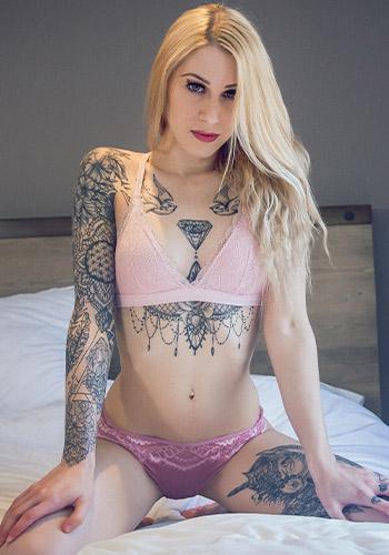 Cassie Cloutier a PurgutoryX Model